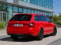"""ŠKODA OCTAVIA vítězí ve čtenářské anketě """"Best Cars"""""""