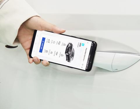 Hyundai: odemknutí a nastartování vozu smartphonem