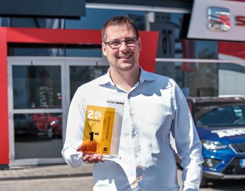 Radek Kukačka z CB Auto ČB je nejlepším prodejcem značky SEAT na světě