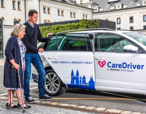 ŠKODA AUTO DigiLab přiváží službu CareDriver i do Prahy