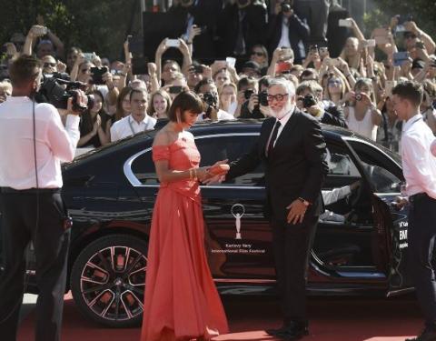 Vozy BMW přivážely hosty MFF Karlovy Vary