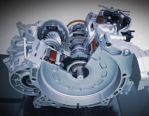 KIA: Technologie aktivního řazení pro hybridní vozidla