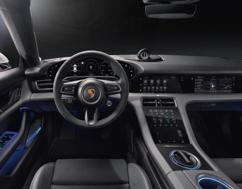 Digitální, čistý, udržitelný: interiér nového Porsche Taycan