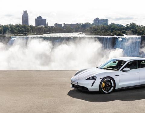 Světová premiéra Porsche Taycan: sportovní vůz, nový důraz na udržitelnost