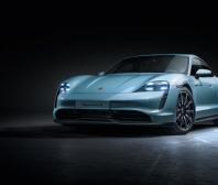 Porsche rozšiřuje modelovou řadu elektrického sportovního vozu o provedení Taycan 4S