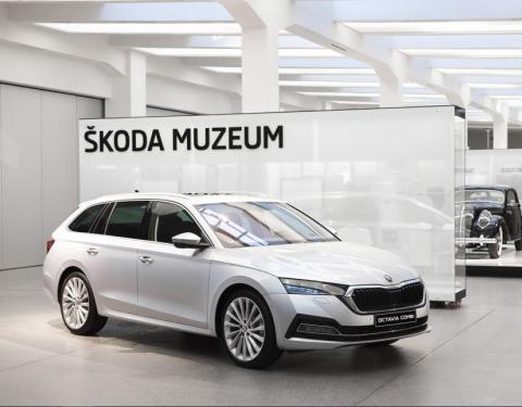 Nová ŠKODA OCTAVIA vystavena ve ŠKODA Muzeu