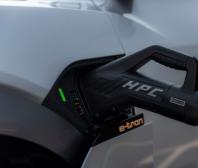 Výkon vs. rychlost nabíjení: Na jakých faktorech závisí vysoké nabíjecí výkony?