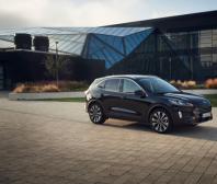 Nové SUV Kuga HEV míří do výroby