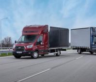 Ford zařazuje do nabídky prodloužený Transit podvozek s kabinou