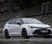 Toyota v pondělí otevře showroomy všem zákazníkům