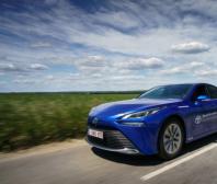 Světový rekord Toyoty Mirai: Na jednu nádrž ujela tisíc km