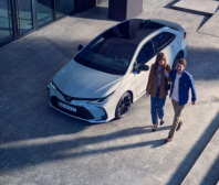 Hvězdou Toyota Víkendu bude Corolla Sedan v provedení GR Sport