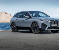 První BMW iX
