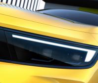 Opel poodhaluje podobu Astry nové generace