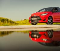 Kampaň Toyoty o výhodách hybridů