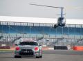 Nissan GT-R ovládaný jako první na světě herní konzolí dosáhl na okruhu Silverstone rychlosti vyšší než 210 km/h