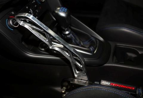 Ford nabízí speciální sportovní elektronickou ruční brzdu pro Focus RS