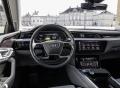 """Oáza klidu: Prototyp Audi e-tron sám na """"velké scéně"""""""